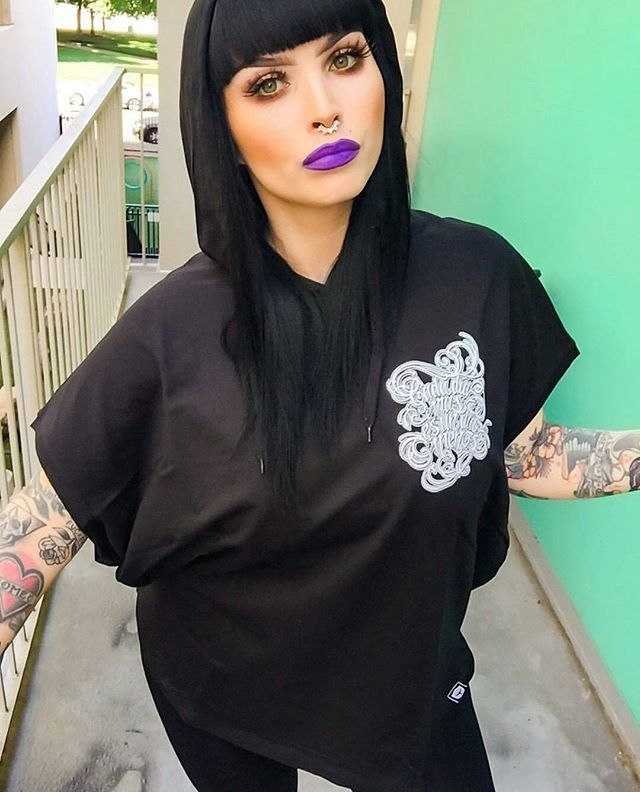 """""""Cada Dia Mas"""" Unisex Sleeveless Hood - available at www.crmc-clothing.co.uk 