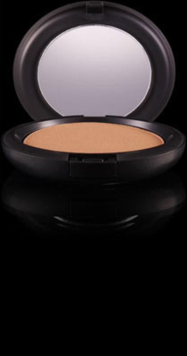How to Downplay a High Forehead: MAC bronzer