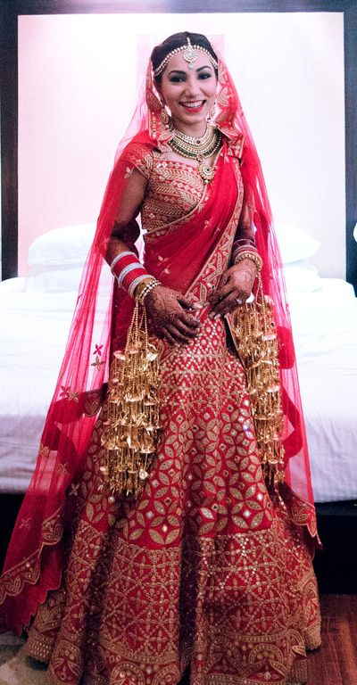 Bridal Lehenga Photos | Sarees & Anarkalis | Designer Wear-Wedmegood | http://elephantess.blogspot.com