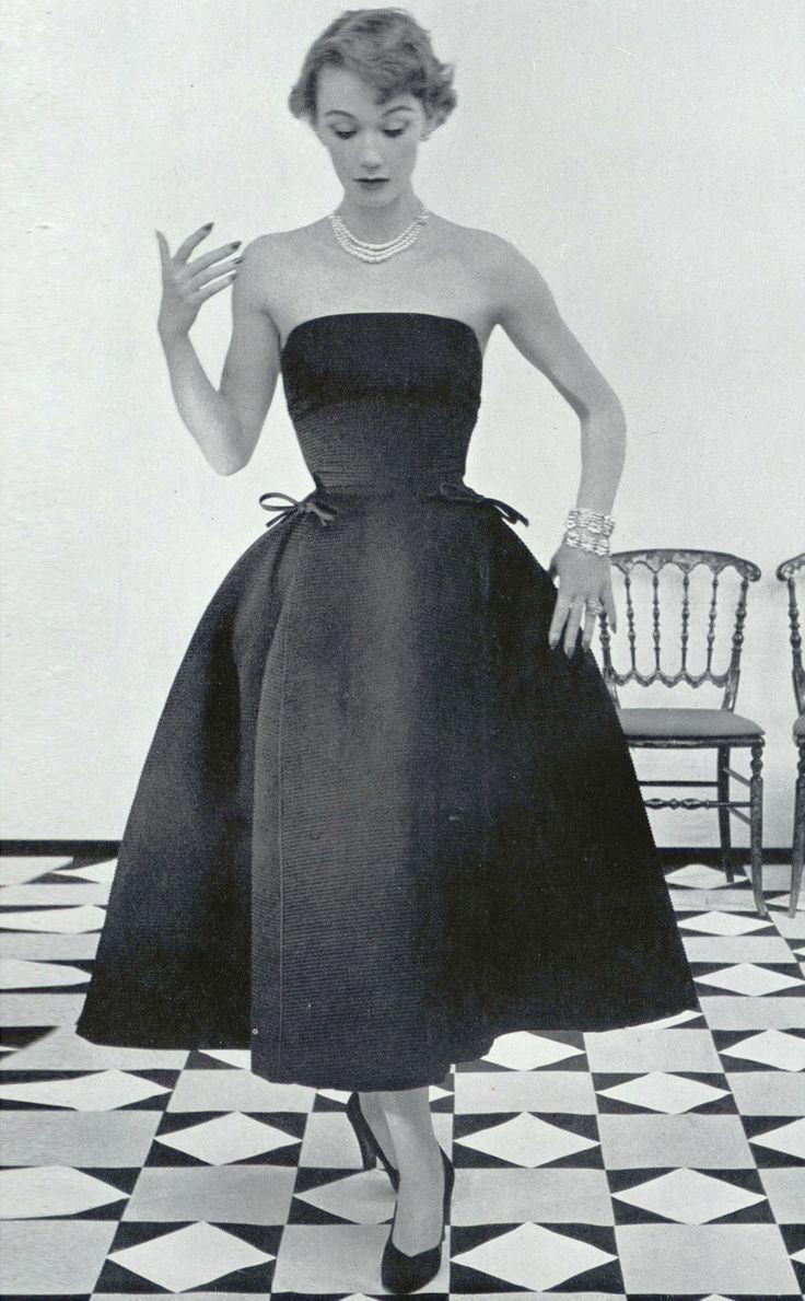 "Dior ""Sonnet"" fall/winter 1952"