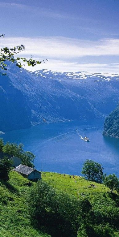 Geirangerfjord in Stranda, Norway • photo: Jocelyn Pantaleon Hidalgo on Flickr