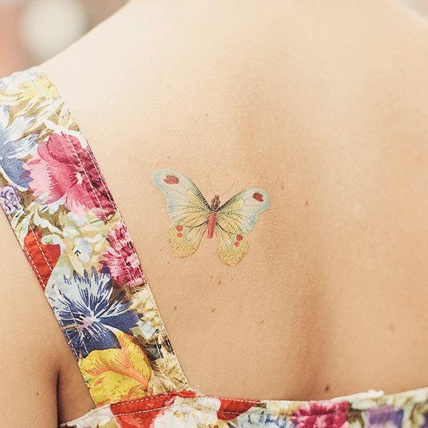Butterfly No Line Tattoo I love this, more colors & shadowing would be great!