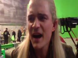 "Orlando Bloom sings ""They're Taking the Hobbits to Isengard"" on his last day on set. this is so great."