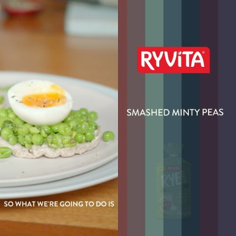 Quick, easy and delicious! Try Davina's Smashed Minty Pea & Egg Rye Cake recipe.