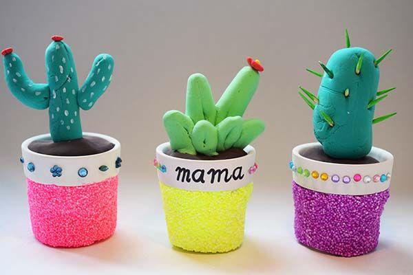 Knutselen voor moederdag: sieraden cactussen