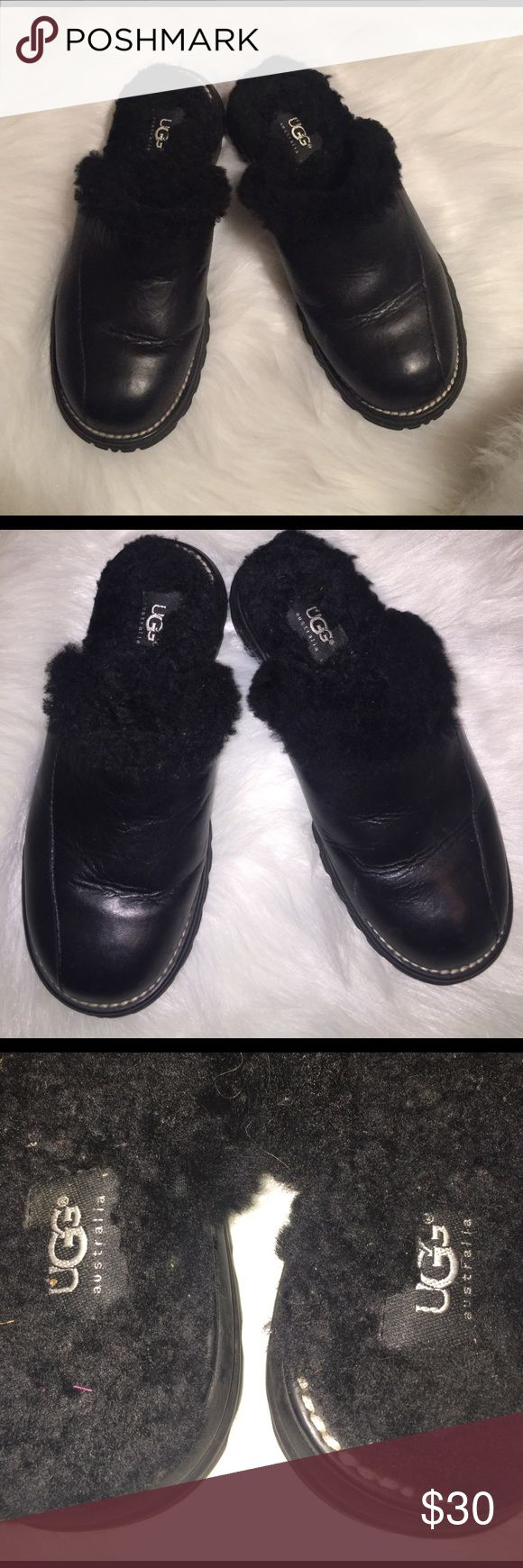 UGG shoes Size 6. Black leather. Black Sherpa lined clogs. Great condition! Very comfortable & warm. UGG Shoes Mules & Clogs