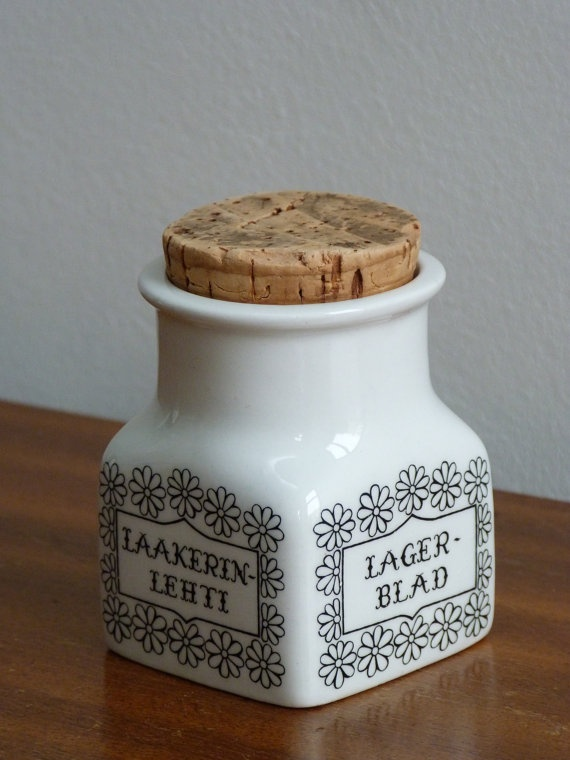 Arabia Finland laurel leaf herb spice storage jar pot retro vintage in style of Esteri Tomula    On ETSY  http://etsy.me/WrKWdI