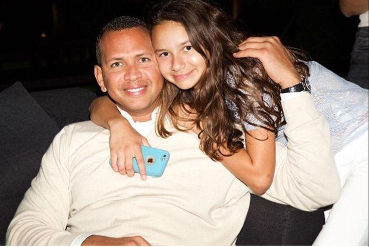 Alex Rodriquez 🇩🇴 and his daughter