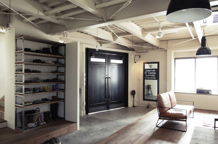 玄関事例:1Fはエントランス&フリースペース(一戸建てリノベーション|名古屋市瑞穂区K邸)