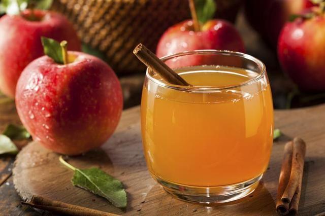 Bebidas que debes evitar con diabetes: Sidra de manzana caliente
