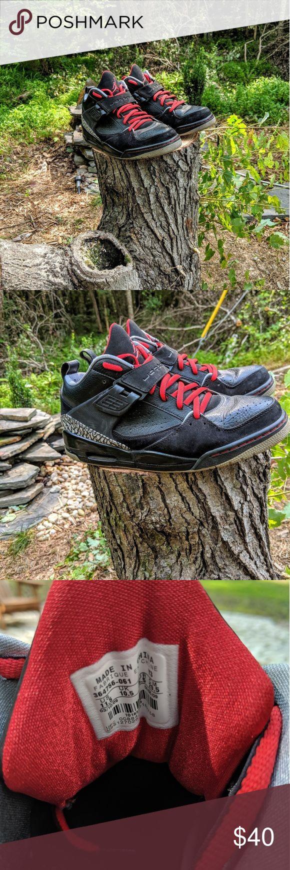 Jordan Schuhe | Jordans | Farbe: Schwarz / Rot | Größe: 11,5 – My Posh Picks