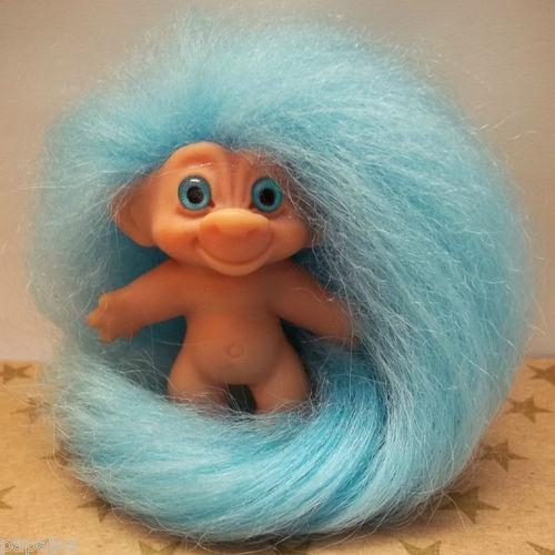 """Vintage 1960s Dam UK Rego Des Troll Doll. 2.5"""". S) + fab hair !!!"""