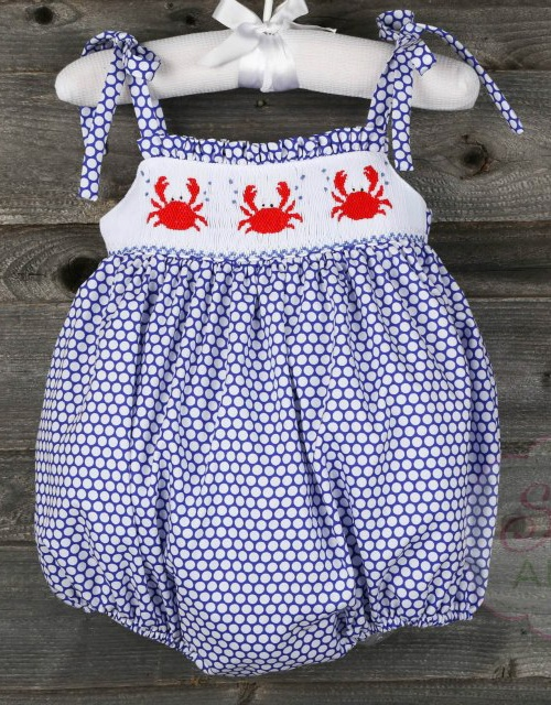 Smocked Crab Tie Bubble from Smocked Auctions