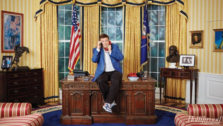 GOP Pollster Frank Luntz Reveals Replicas of the Oval Office, Monica Lewinsky's Blue Dress in His L.A. Home (Photos) | Hollywood Reporter