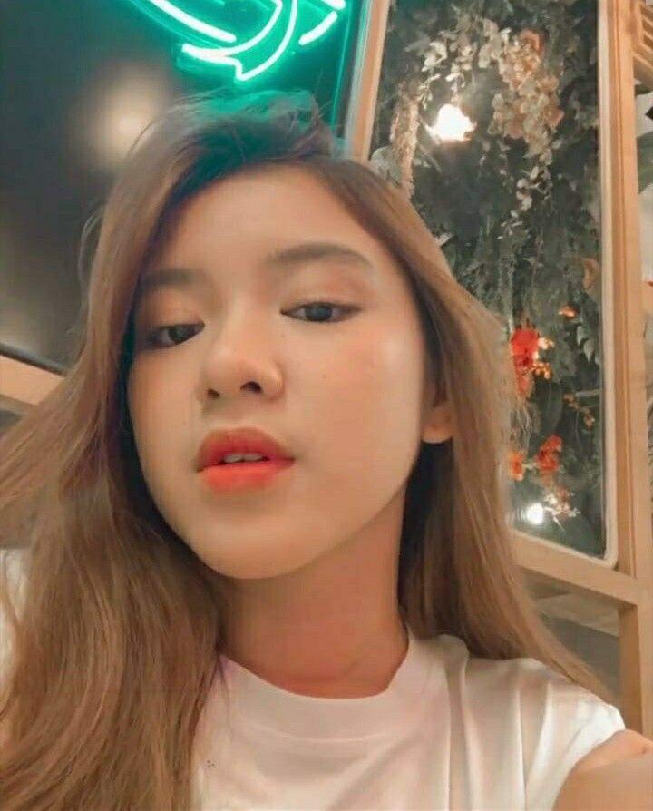 Pin Oleh Hana Amanatilah Di Indonesian Idol Season 10 Artis Idol Gaya Berpakaian