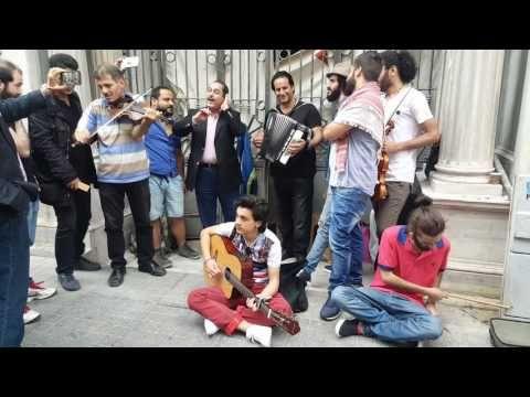 Suriyeli Sokak Sanatçıları / Lotfi Bouchnak & Syrian Band - Domsek / لطفي بوشناق - YouTube