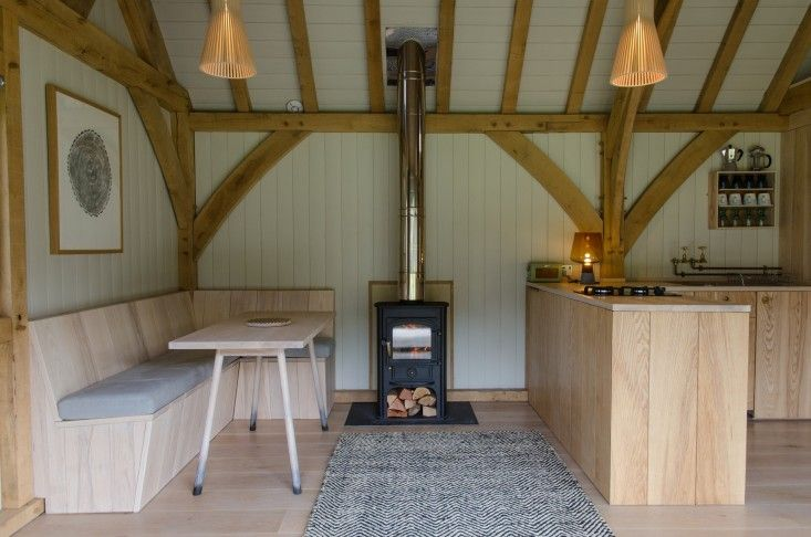 Out of the Valley's off-the-grid rental cabin in Devon, England