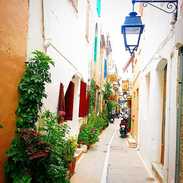 Old city of #Rethymno  Photo credits:@marianagreece