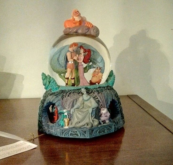 Disney Store Hercules Snow Globe I Won't Say I'm In Love Meg Zeus Rotating Base