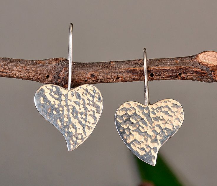 Heart silver earrings, plain drop hearts,  hammered jewelry, simple earrings, short dangle hearts,minimal woman drops, love jewelry by ColorLatinoJewelry on Etsy