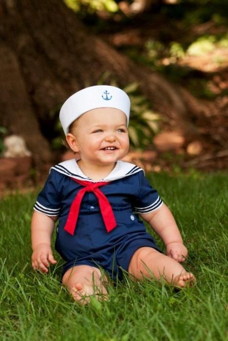 Sailor outfit and crab dip