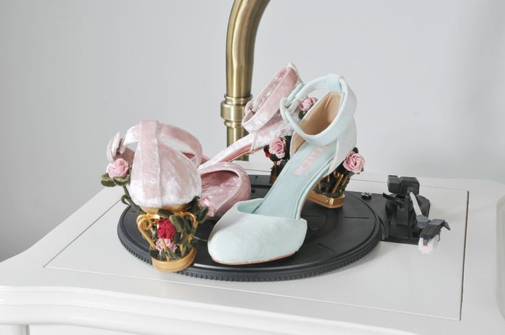 bird cage gorgeous flowers Ankle Strap shoes gem genuine leather Pumps 6.5cm velvet single High heel wedding shoes zapatos mujer