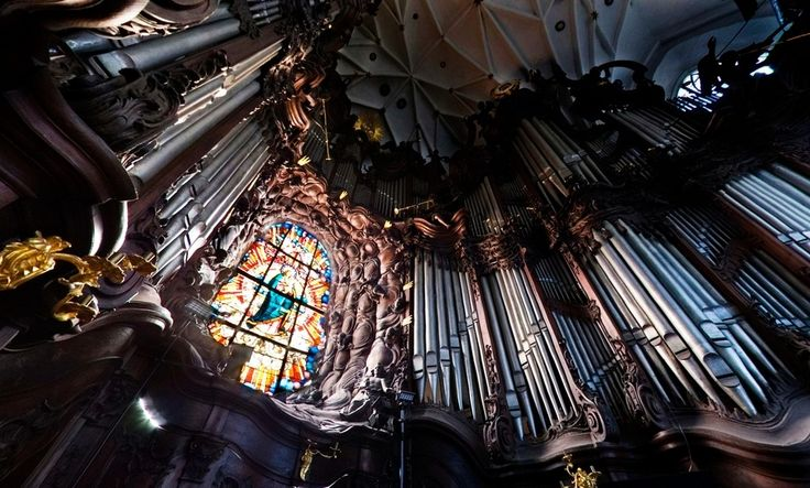 Each August - International Organ Music Festival in the Oliva Cathedral.