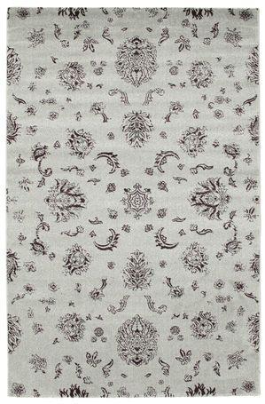 Un tappeto realizzato a macchina che con la sua linearità si adatta perfettamente a qualsiasi arredamento. È molto simile ai classici e famosi tappeti Gabbeh, con molte caratteristiche apprezzabili, ad esempio il vello compatto, realizzato in lana sintetica.