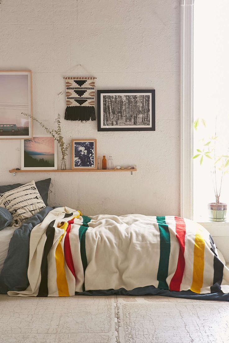 1000 Ideas About Messy Bed On Pinterest Messy Bedroom Teenage