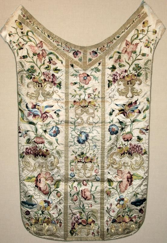 Early 18th century Italian or French chasuble back.