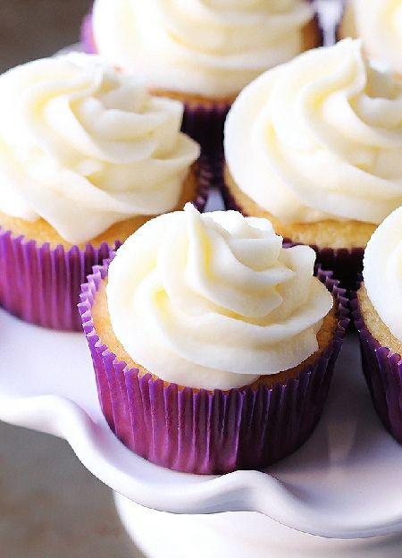Low FODMAP & Gluten free Recipe - Vanilla cupcakes http://www.ibssano.com/low_fodmap_recipes_vanilla_cupcakes.html