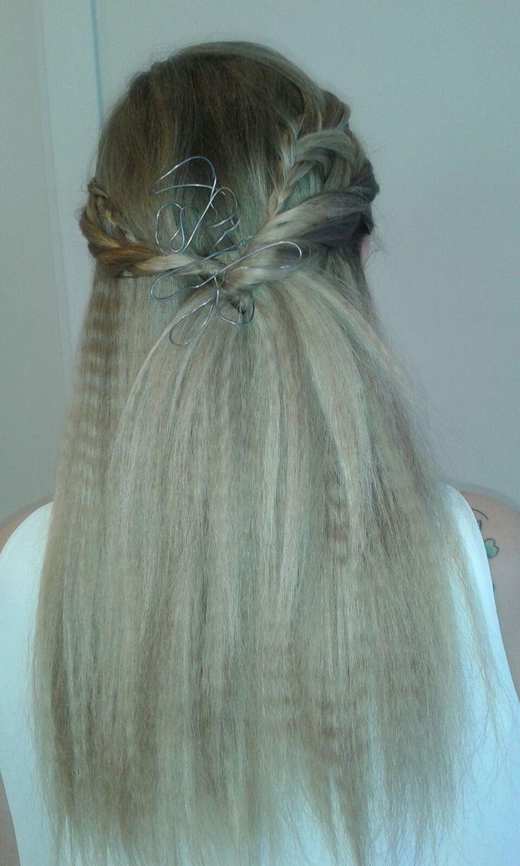 Nuova Collezione 2016 di Lp Parrucchieri  Nuova Collezione 2016 di Lp Parrucchieri @LP Parrucchieri #capelli lunghi #colore #hairdresser #hairstylist #pettinatura #acconciatura