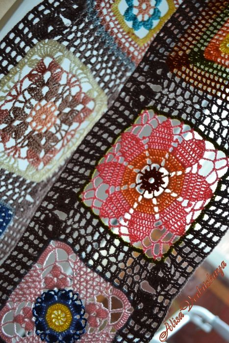 Thread Motifs ~ curtain or valance!  Diagrams for most squares and joining pattern.