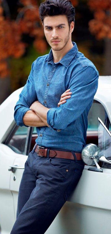 Pantalones y camisa manga larga, :-)