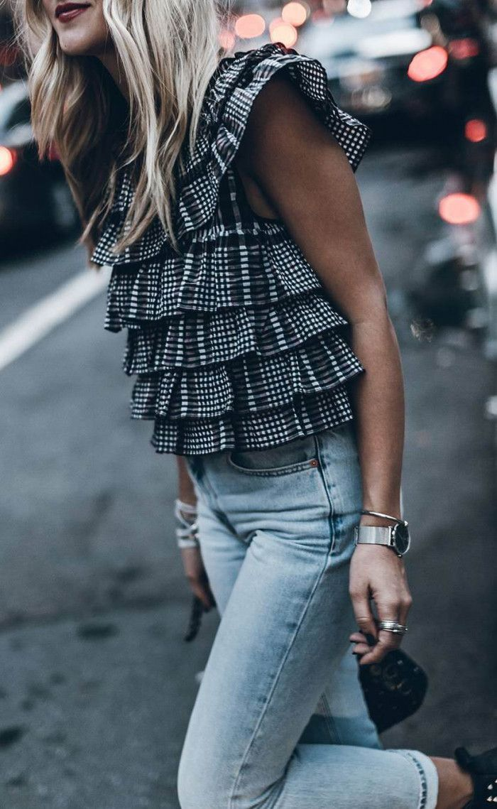 best spring outfit idea / plaid top plus bag jeans