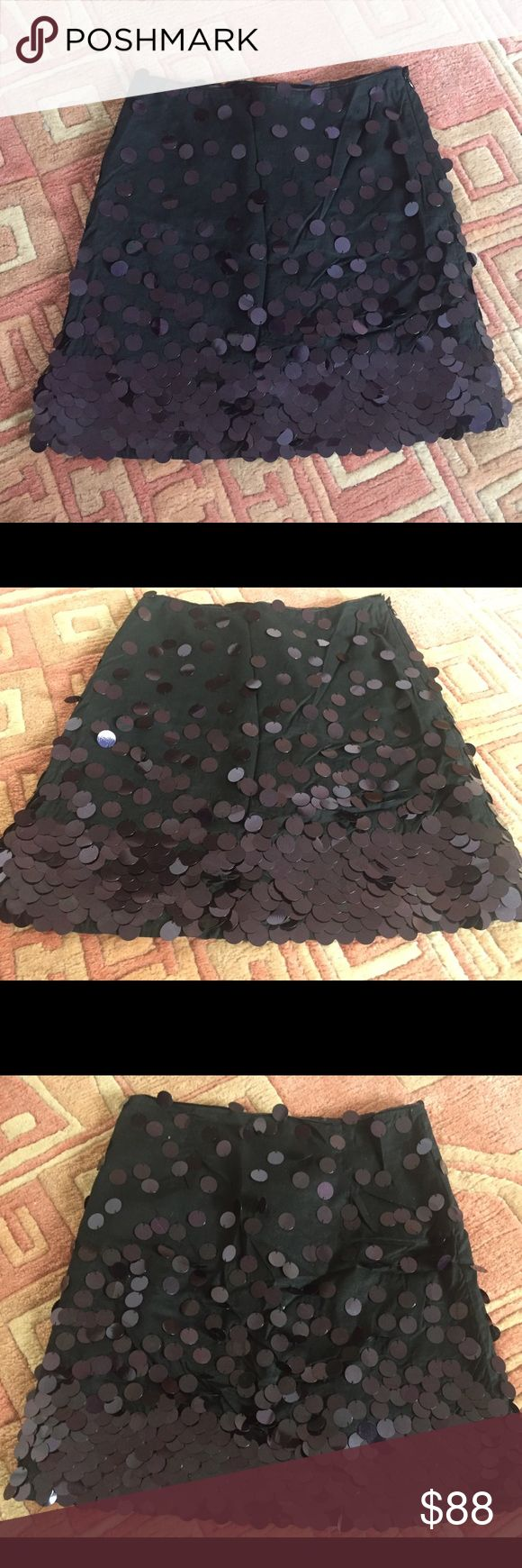 NWT French Connection party sequin skirt birthday Fun party skirt with circle sequins by French Connection size 2. Side zip. Some sequins may be missing; comes with extras. French Connection Skirts Mini
