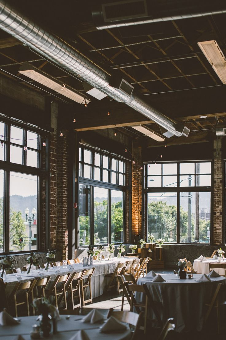 I wouldn't expect anything less cool from a Portland affair. This industrial chic Oregon wedding was held at The Leftbank Annex, which is such a great space that adds that instant cool factor to any event with its exposed brick and industrial ceilings. The decor was kept minimally chic with white florals and this wedding […]