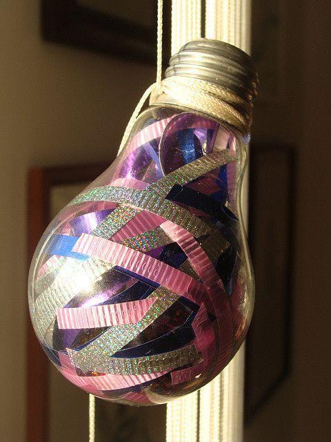 ideas originales para reciclar bombillas de luz