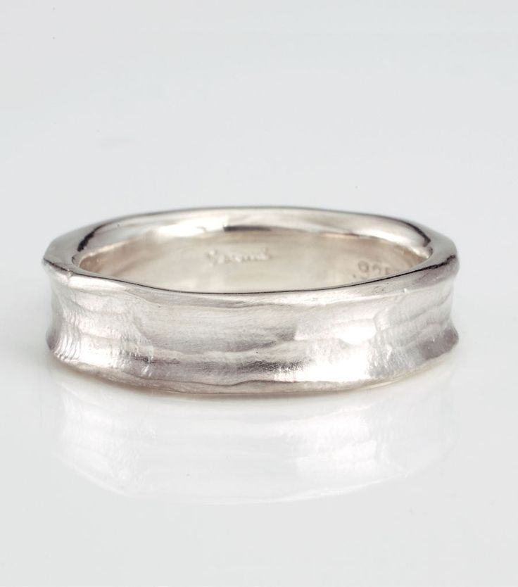 catbird::shop by category::JEWELRY::Wedding & Engagement::Mens/Unisex::Concave Wedding Band - wide