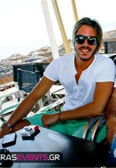 Nikos Oikonomopoulos - Greek Singer