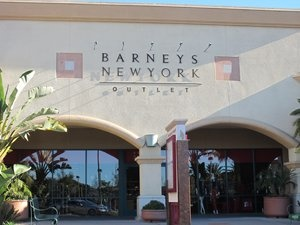 Barneys New York, Camarillo Outlets