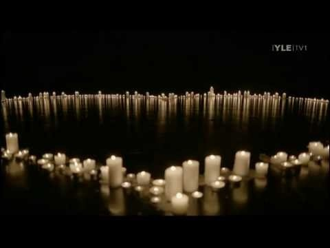 Memorial ceremony to honour the people suffering because of the massacre in Norway. This is Susanne Sundfør performing Mitt lille land (My small country). Pure beauty, can't watch this without crying.