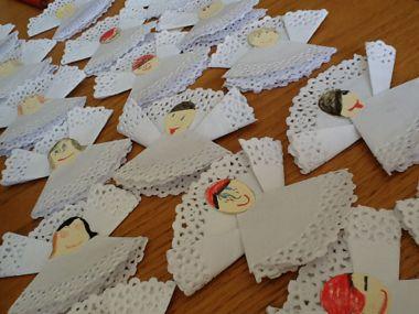 tutorial: angel doily gift tags | Hazy Days