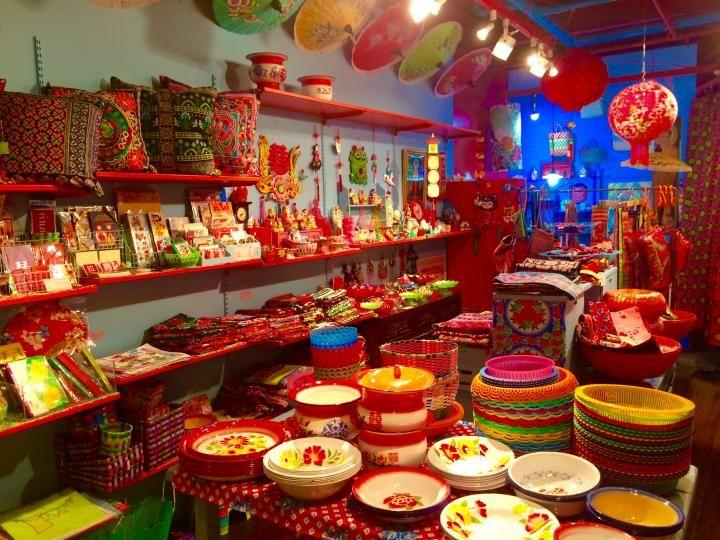 宝さがし気分で訪れたい。キッチュで愛くるしいアジアン雑貨店「PHITSANULOK」|ことりっぷ