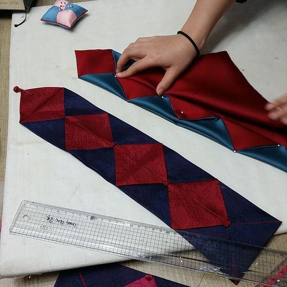 사주보만들기^^ #사주보#규방공예 #자수 #보자기 #니들스튜디오 #embroidery #frenchembroidery #needlework…