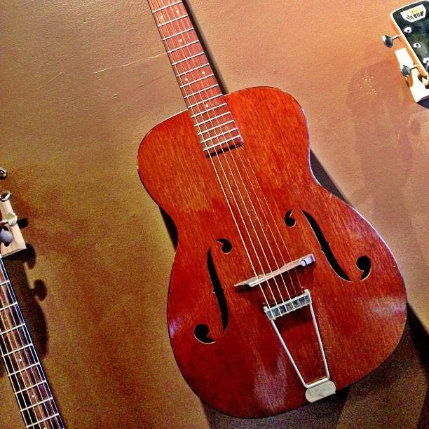 vintage martin guitar for sale 1936 martin r17 archtop acoustic all mahogany. Black Bedroom Furniture Sets. Home Design Ideas