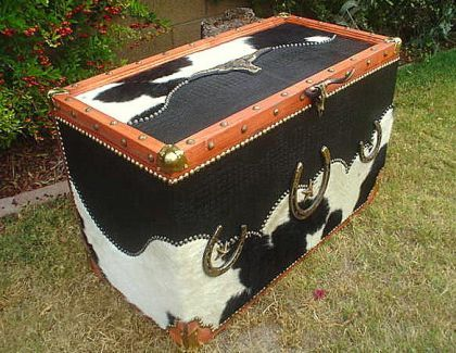 leather western clock | HEIRLOOM WESTERN COWHIDE & LEATHER TRUNK / HOPE CHEST