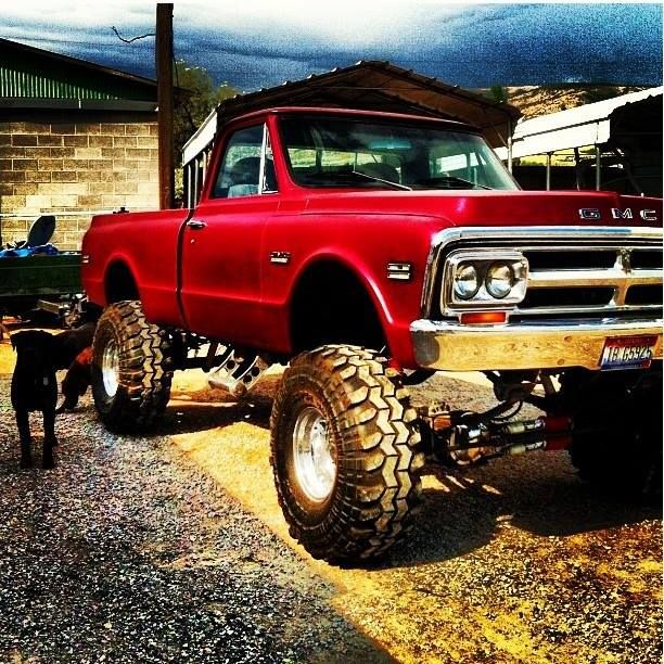 OMG I'm in love with this GMC!