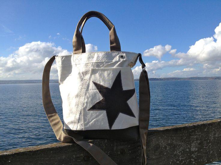 Marine Stil: Segeltasche aus recyceltem Segeltuch bei Dawanda: http://RoughElement.dawanda.de