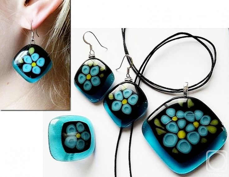 """Repina Elena. Jewelry Set """"Forget-me-not"""" glass, fusing"""